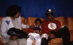 Katherine, Jermaine Jr, & Tito Jackson Tito Jackson, Jackson Family, Jackson 5, Michael Jackson Photoshoot, Michael Jackson Pics, Jr, The Jacksons, Destiny, Victorious