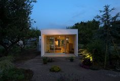 House in the Garden, Sakura, 2015 - YAMAZAKI KENTARO DESIGN WORKSHOP