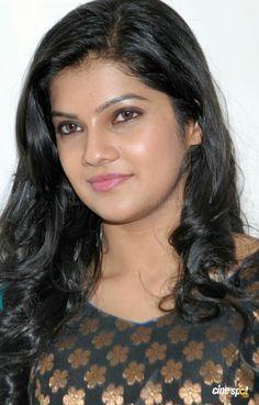 Pin on Beauty Most Beautiful Faces, Beautiful Lips, Beautiful Girl Indian, Beautiful Bollywood Actress, Beautiful Actresses, Beauty Full Girl, Beauty Women, Hollywood Actress Wallpaper, Indian Face