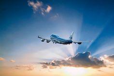Boeing KLM PH-BFN, The City of Nairobi van Gert Hilbink op canvas, behang en meer 747 Airplane, Dubai Airport, Passenger Aircraft, Air Photo, Commercial Aircraft, Boeing 747, Concorde, Aviation Art, Nairobi
