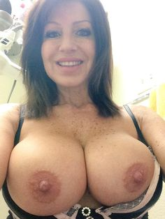 Nude older women with great tits selfies