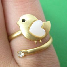 Adjustable Bird Animal Ring in Gold with Heart Shaped Wings