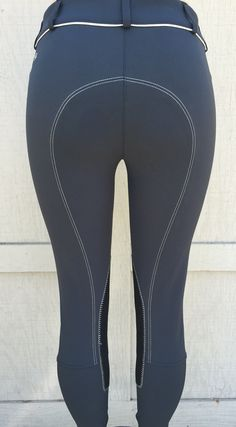 Lo ride breech Equestrian Chic, Horses, Classic, Black, Tops, Fashion, Horseback Riding, Derby, Moda