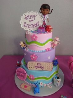 pastel-cumpleanos-doctora-juguetes | Curso de organizacion de hogar aprenda a ser organizado en poco tiempo