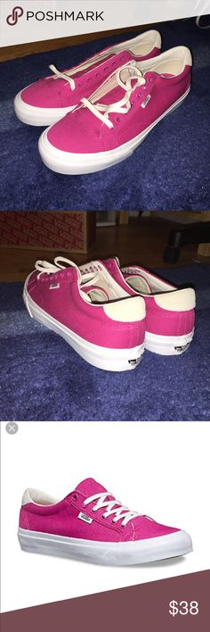 💰Sales💰Men size 8.5, woman size 10 Vans court Li The new canvas court, inspired by the clean , simple lines of 70s tennis and basketball Shoes, features sturdy canvas uppers, heel mustache detailing, ultracush sock liners  for long lasting comfort and vulcanized outdoors with the classic rubber waffle tread pattern Vans Shoes Sneakers