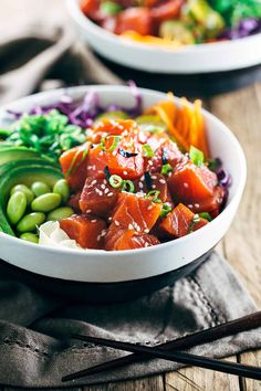 Spicy Sockeye Salmon Poke Bowls - Healthy and flavorful Luxe Gourmets protein infused with Japanese inspired flavors for a delicious gourmet meal! | jessicagavin.com