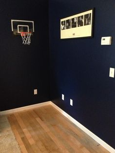I had homemade and minis on pinterest for Homemade basketball court
