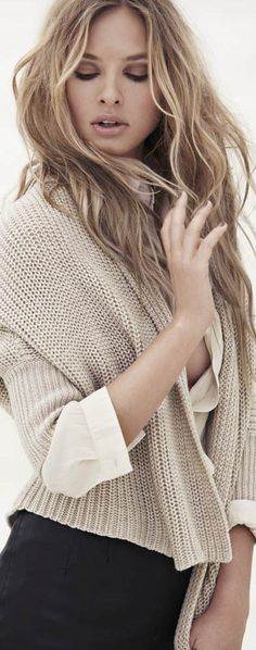 38 Super Ideas for hair color winter blonde sweaters - Annabel Perfect Outfits Neutral Blonde, Blond Beige, Blonde Color, Blonde Highlights, Hair Color, Winter Blonde, Color Del Pelo, Blonde Waves, Blonde Hair