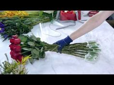 How to create a Roses Bouquet and Boxed Flowers - YouTube