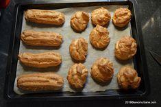 Reteta de eclere si choux a la creme. Aceste coji de eclere si choux se pot umple cu crema de vanilie (patissiere) si frisca, cu crema de ciocolata sau cafea (ness), cu crema caramel sau cu fructe. Sa ne intelegem: eclere sunt cele lunguiete si choux sunt cele rotunde. Daca facem choux mai mici obtinem