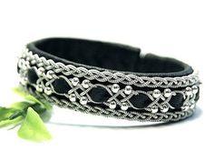 Scandinavian women's leather bracelet with silver beads. Width 1.5 cm. #etsy…