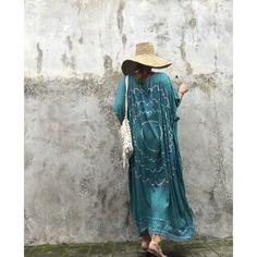 Oriental Kaftan Dress (325 NOK) ❤ liked on Polyvore featuring dresses, grey, women's clothing, gray dress, grey dress, pattern dress, mixed print dress and viscose dresses