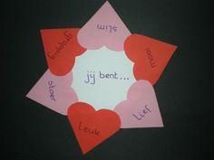 Valentijnskaart zelf maken; Knutselen met kinderen, peuters en kleuters. Little Pumpkin, Babysitting, Creative Kids, Valentines Day, Diy And Crafts, Classroom, Map, Lettering, Gifts