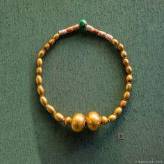 Ожерелье (из набора конского убора). Золото, паста. Греческое  золото.
