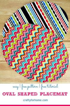 How easy it is to sew an oval-shaped placemat. The placemat is perfect for your DIY home decor or homemade gift ideas. Easy Sewing Projects, Sewing Projects For Beginners, Craft Tutorials, Sewing Tutorials, Sewing Crafts, Sewing Ideas, Quilting Projects, Quilt Tutorials, Sewing For Kids