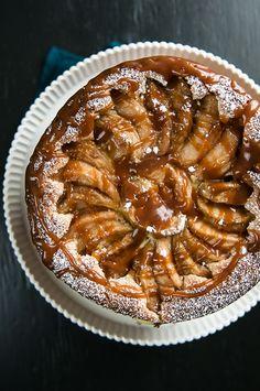 Caramel Apple Custard Cake