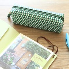 Do Korean small fresh new classic geometric pattern PU leather pencil pouch stationery bags