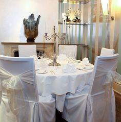 Vanilla organsa chair bows, make the perfect classic wedding, by www.fuschiadesigns.co.uk.