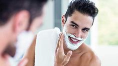 Discover our men's grooming advice, including choosing the best skincare and products, the basics of shaving, and body and hair care tips from The Body Shop. The Body Shop, Beauty Hacks Shaving, Types Of Beards, Close Shave, Safety Razor, Tips Belleza, Beauty Bar, Beauty Tips, Simple Way