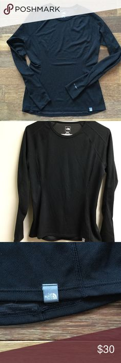 The North Face Flash Dry Top Great condition The North Face Tops Tees - Long Sleeve