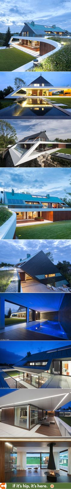 Angular made awesome in Krakow's Edge House | http://www.ifitshipitshere.com/angular-made-awesome-krakows-edge-house-mobius-architecture/