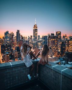 New york pictures, new york photos, friend pictures, travel pictures, chica New York Pictures, New York Photos, Style Pictures, Best Friend Photos, Friend Pictures, Friend Pics, City Aesthetic, Travel Aesthetic, Travel Pictures