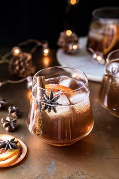 Vanilla Chai Old Fashioned. Cozying up with this Vanilla Chai Old Fashioned. Homemade spiced chai simple syrup, mixed with warming bourbon, winter citrus, a touch of va Winter Cocktails, Bourbon Cocktails, Holiday Cocktails, Cocktail Drinks, Cocktail Recipes, Drinks With Bourbon, Christmas Drinks Alcohol, Craft Cocktails, Cocktail Shaker