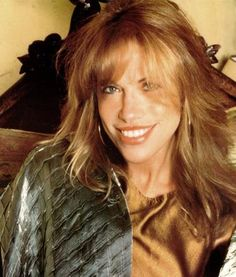 Carly Simon 70s & 80s rock  icon and music..women & men both loved her music & then coupled with James Taylor they literally made beautiful music-their single albums at  the time- reflected their married happiness and pitfalls in a very stylish way with luxe vocals and many pop hits - done together & joined with other friends like Crosby Stills & Nash