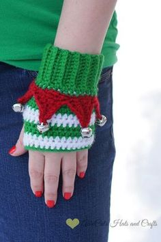 Crochet Pattern- Elf Mitts ** This is a crochet pattern only and not the finished item. Due to the nature of the purchase, all sales are final, and. Blog Crochet, Mode Crochet, Crochet Amigurumi, Crochet Gifts, Knit Crochet, Amigurumi Patterns, Simple Crochet, Christmas Crochet Patterns, Holiday Crochet