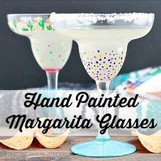 These hand-painted margarita glasses were an easy girls' craft night project and margaritas and Pringles® Tortillas made it even more fun! Bottle Painting, Diy Painting, Girls Night Crafts, Craft Night, Wine Glass Crafts, Margarita Glasses, Painted Wine Glasses, Glass Design, Glass Art