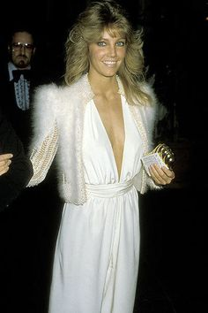Heather Locklear 80s hair and the outfit... fabulousssssss