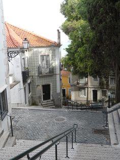 Umas escadinhas. Lisboa
