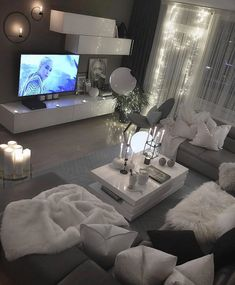 Interior Design Career - Should You Go For Design Firms Or Self Employment? Living Room Decor Cozy, Bedroom Decor, Living Room Goals, Interior Design Career, Dream Rooms, Discount Furniture, Furniture Online, Apartment Living, Decorating Your Home