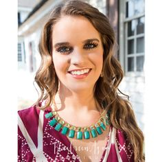 Emerald Rectangle Collar Necklace - BlueGreenAqua boutique