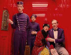 The Grand Budapest Hotel (Wes Anderson, 2014). Fiennes, Swinton, Revolori.
