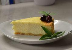 Sült túrótorta Mymo konyhájából recept képpel. Hozzávalók és az elkészítés részletes leírása. A sült túrótorta mymo konyhájából elkészítési ideje: 130 perc