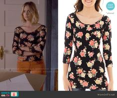 Hanna's floral top on Pretty Little Liars.  Outfit Details: http://wornontv.net/49693/ #PLL