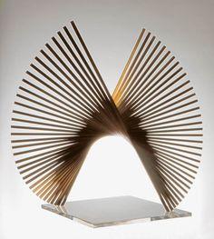 Geometric Sculpture, Abstract Sculpture, Wood Sculpture, Wall Sculptures, Arquitectos Zaha Hadid, Arte Linear, Contemporary Sculpture, Concept Architecture, Installation Art