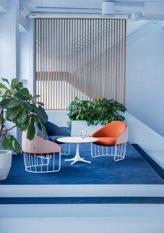Kvistad were engaged by digital studio, Bakken & Bæck, to design their offices located in Oslo, Norway. Norwegian design studio Kvistad recently Office Interior Design, Home Office Decor, Office Interiors, Home Decor, Color Interior, Restaurant Interiors, Office Designs, Office Ideas, Office Open Plan