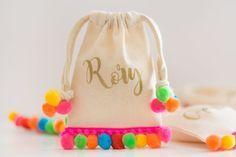 No-Sew Mini Pom Pom Bags - Partyography
