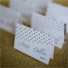 green polka dot escort cards | CHECK OUT MORE IDEAS AT WEDDINGPINS.NET | #weddings #weddingseating #weddingdecoration