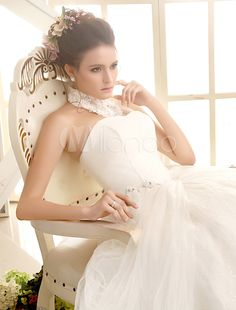 Sweetheart Neck Applique Floor-Length Ivory Bridal Wedding Gown