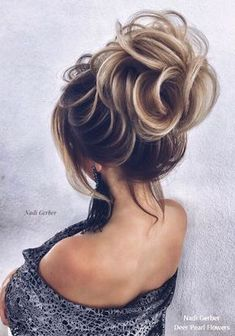 Vintage Hairstyles Updo Nadi Gerber Long Wedding Hairstyles and Updos for Bride Easy Hairstyles For Long Hair, Wedding Hairstyles For Long Hair, Bride Hairstyles, Vintage Hairstyles, Pretty Hairstyles, Model Hairstyles, 1950s Hairstyles, Long Haircuts, Style Hairstyle