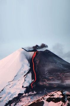 of erupting volcano.half the snow gone, seemingly right in half of the volcano. of erupting volcano.half the snow gone, seemingly right in half of the volcano. All Nature, Amazing Nature, Science Nature, Volcan Eruption, Beautiful World, Beautiful Places, House Beautiful, Beautiful Pictures, Landscape Photography