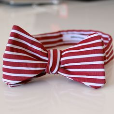 red and white stripes bow tie by edward kwan