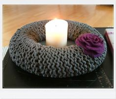 Crochet with Hoooked Zpagetti.   Wauw love this one for my winterdecoration in our home!