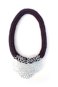 'Blooming', Necklace, 2012, wool, cotton, zinc. Made by Malou Paul. www.maloupaul.nl