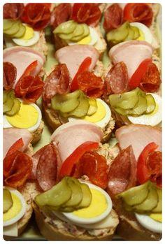 Pomazánka z Moravanky - Meg v kuchyni Caprese Salad, Food, Birthday, Birthdays, Essen, Meals, Yemek, Dirt Bike Birthday, Insalata Caprese