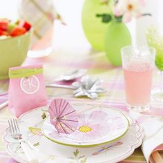 This would be really cute for a little kids easter table Pink-and-Green Easter Table Setting