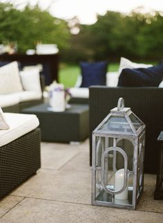 Outdoor Lounge Furniture + Lanterns at the Chicago Botanic Garden :: Olivia Leigh Photographie  Read More: http://www.stylemepretty.com/2014/04/29/gorgeous-outdoor-wedding-at-chicago-botanic-garden/